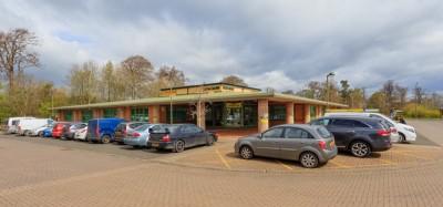 Rent business premises in Livingston